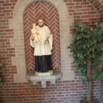 Saint Anthony of Padua outside of dining room.